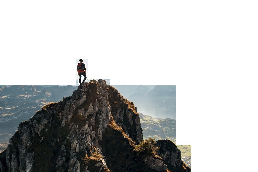 grume hombre en la cima
